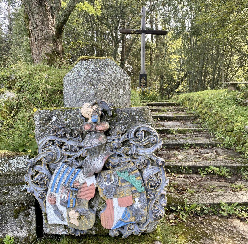 Ruine der ehemaligen Kirche von Fürstenhut