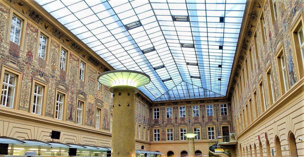 Hauptpostamt von Prag
