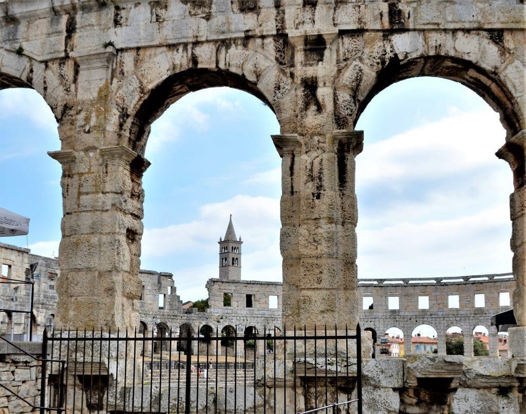 Amphitheater von Pula Sehenswürdigkeiten