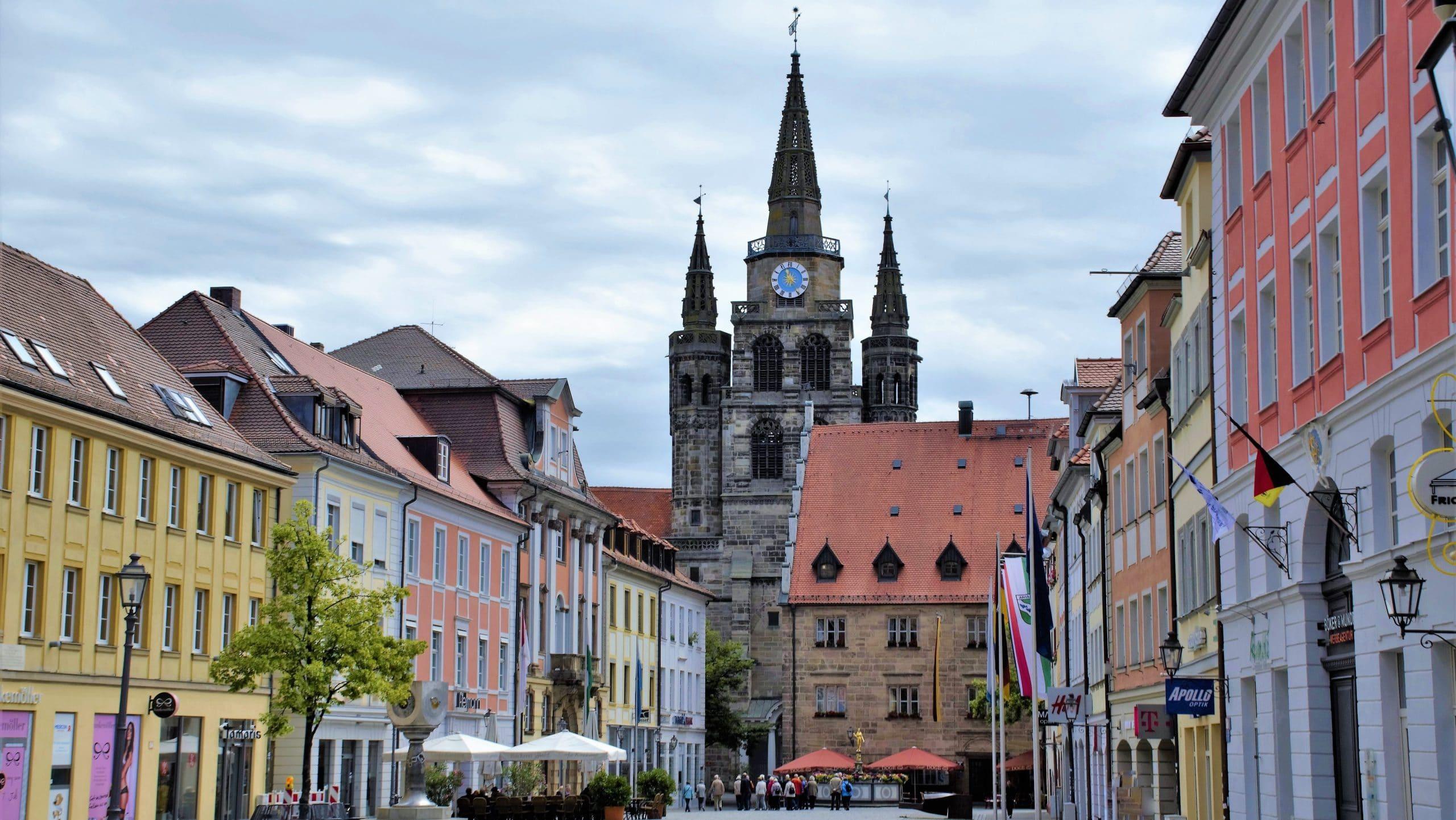 Turm der Sankt Gumbertus Kirchen