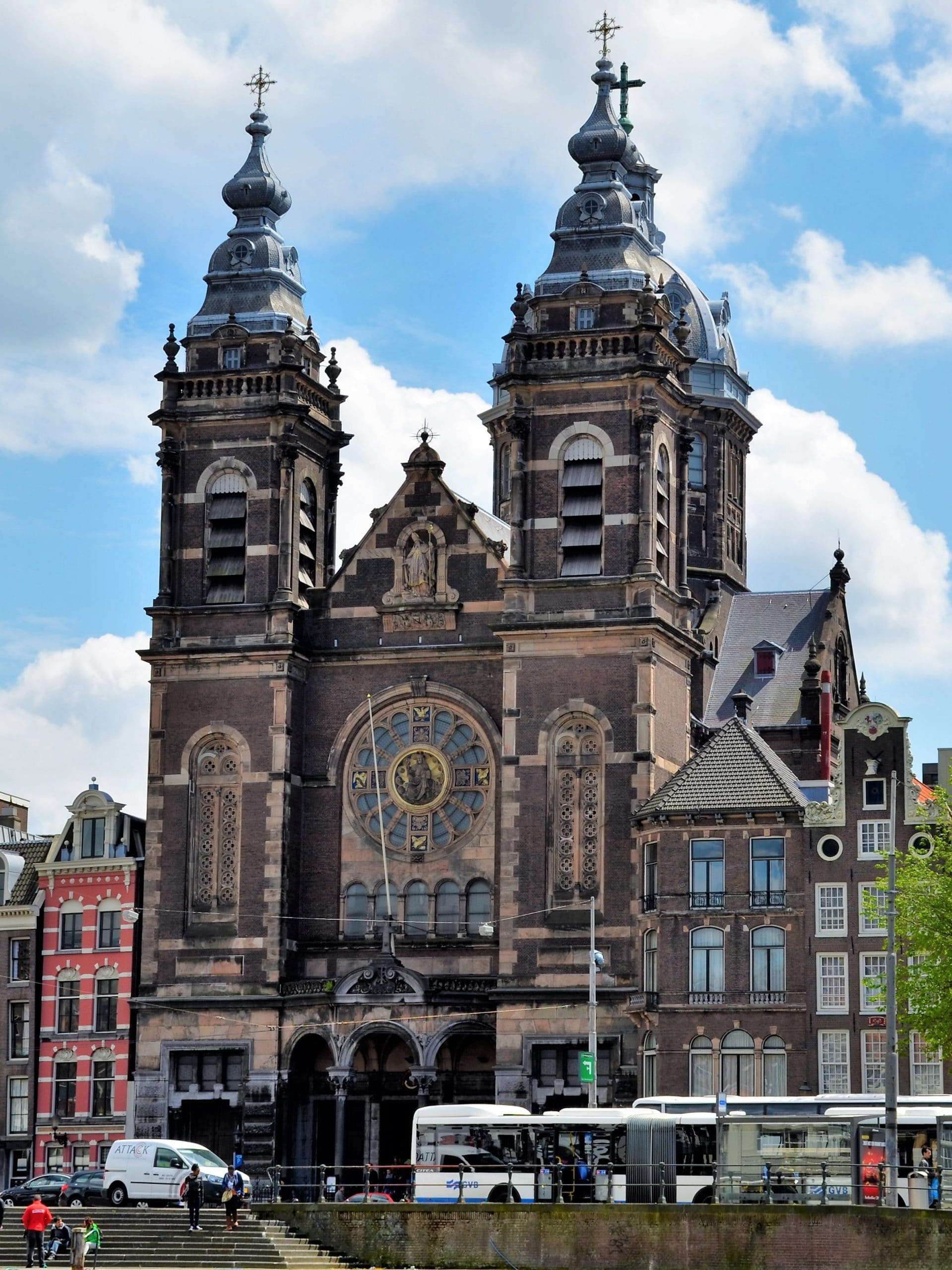 Basilika St. Nikolaus beim Hauptbahnhof