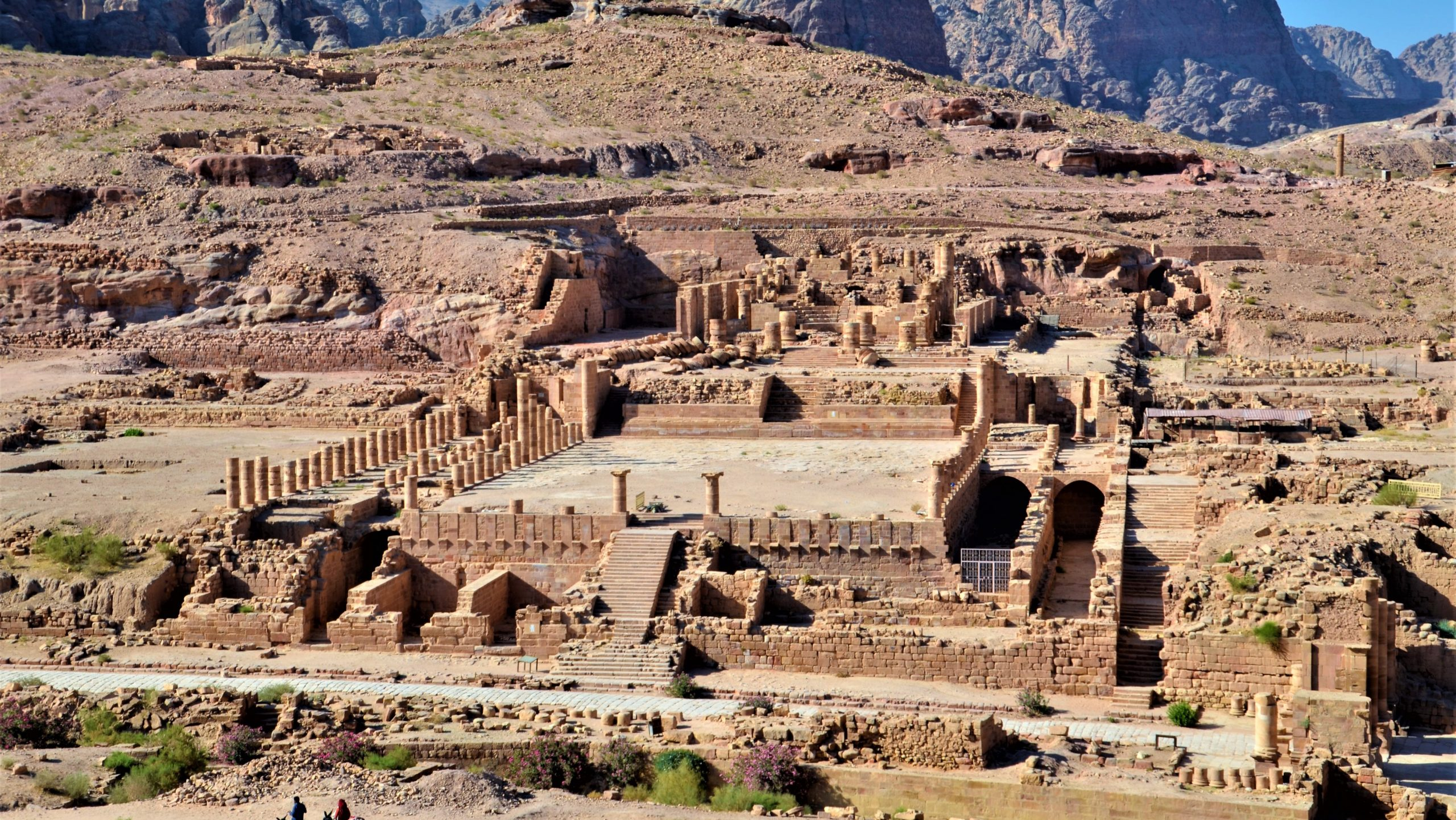 Blick auf den großen Tempel